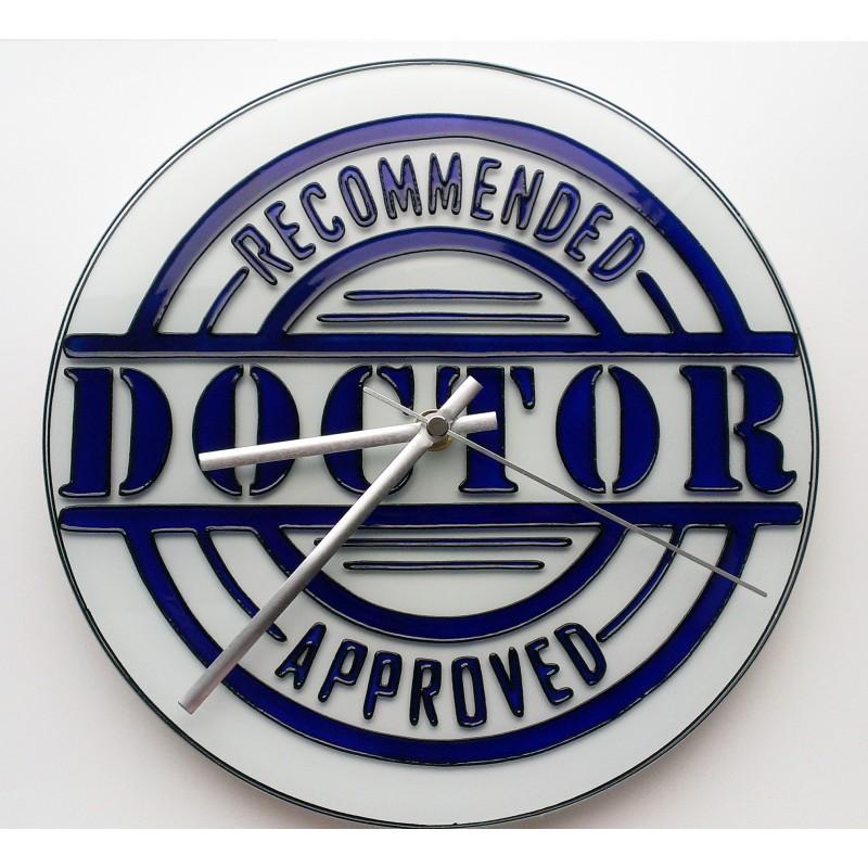 Часы настенные «Доктор»
